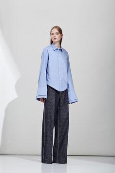 http://www.vogue.com/fashion-shows/resort-2017/aquilano-rimondi/slideshow/collection