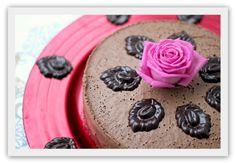 Fløyelsmyk sjokoladekake - raw, vegan og sukkerfri! :) (En helseblogg om jakten etter en friskere...)