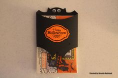 Random Thoughts of a Scrapbooker: Halloween Treat Holder