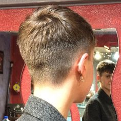 There is Somthing special about wome Short hair styles I'm a big fan of Pixie cuts and styles with. Very Short Pixie Cuts, Short Hair Cuts For Women, Short Hair Styles, Short Dark Hair, Super Short Hair, Girls Short Haircuts, Short Hairstyles For Women, Pixie Hairstyles, Hair Looks