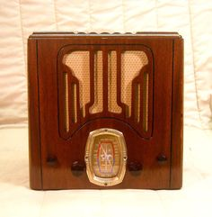 Old Antique Wood Crosley Vintage Tube Radio - Restored & Working Mini Tombstone. eBay auction ends tonight at 10:30 eastern! A great Christmas idea!
