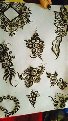 middle top Arabic Henna Designs, Mehndi Designs 2018, Stylish Mehndi Designs, Beautiful Henna Designs, Bridal Mehndi Designs, Henna Tattoo Designs, Mehndi Desing, Henna Tutorial, Beginner Henna Designs