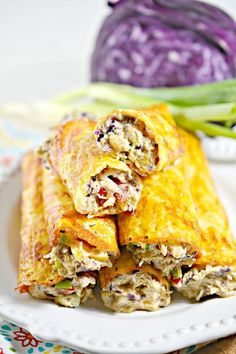 Keto Low Carb Southwest Cream Cheese Wraps – Ketogenic Diet Recipe Roll Ups – Appetizers – Side Dish – Lunch – Dinner – Completely Keto Friendly & Beginner Cream Cheese Rolls, Cream Cheese Chicken, Keto Chicken, Lunch Recipes, Low Carb Recipes, Cooking Recipes, Recipes Dinner, Diet Recipes, Dinner Ideas