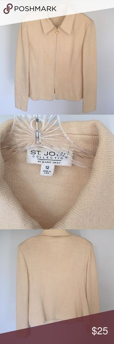 St. John Zip up blazer, Marie gray collection. Some spots, needs to be dry cleaned St. John Jackets & Coats Blazers