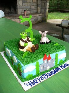 Shrek and donkey sitting on grass Birthday Cake Birthday Cakes, Birthday Ideas, Birthday Parties, Shrek Cake, Cake Decorating, Decorating Ideas, Third Birthday, Cakes For Boys, Fancy Cakes