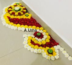 Unique n beautiful border flower design for festival. Simple Rangoli Designs Images, Rangoli Designs Flower, Colorful Rangoli Designs, Rangoli Ideas, Rangoli Designs Diwali, Flower Rangoli, Beautiful Rangoli Designs, Flower Designs, Easy Rangoli