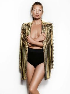 """VOGUE UK: Kate Moss in """"Feathers Will Fly"""" by Photographer Mario Testino - Image Amplified: The Flash and Glam of All Things Pop Culture. From the Runway to the Red Carpet, High Fashion to Music, Movie Stars to Supermodels. Mario Testino, Vogue Uk, Kate Moss, Ella Moss, Fashion Models, High Fashion, Moss Fashion, Fashion Pics, Vogue Fashion"""