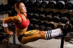 Female Form #StrongIsBeautiful #Motivation #WomenLift2  #hamstrings #abs #bodybuilding