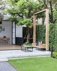 Best Small Backyard Landscape Design Ideas For Your Garden Mainly designed for entertainment purposes and for extended living areas, backyard landscaping designs can be as detailed as needed to … Cozy Backyard, Backyard Patio Designs, Small Backyard Landscaping, Landscaping Ideas, Luxury Landscaping, Cool Backyard Ideas, Modern Backyard Design, Backyard Decorations, Backyard Playhouse