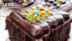 Merhaba arkadaşlar 🙋Görüntüsüyle mest olacağınız, lezzetine ise doyamayacağınız, sosunu tam çeken efsane bir ıslak kek tarifim var hem nefis, hemde sünger Food Crafts, Diy And Crafts, Food N, Food And Drink, Yogurt, Cooking Recipes, Pudding, Yummy Food, Chocolate