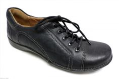29.00$  Buy here - http://vivit.justgood.pw/vig/item.php?t=ffami148897 - CLARKS Unstructured Black Oxfords Size 5 Sneakers Walking Shoes