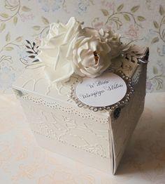 belle art, wedding, exploding box, flute, roses, foamiran