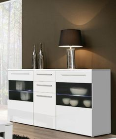 Modernes und trendiges Sideboard, das ein Hingucker für Ihren Wohnbereich ist. Sideboard weiss mit Beleuchtung 77-00187