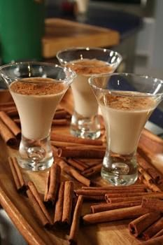 The Rican chef: Coquito recipe,coconut Puerto Rican Eggnog an alcoholic beverage traditionally served in Puerto Rico - Drink and Drink Milk Shakes, Alcoholic Drinks, Beverages, Cocktails, Cocktail Recipes, Café Chocolate, Puerto Rico Food, Puerto Rican Recipes, Puerto Ricans