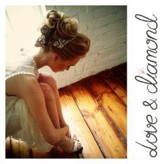 А у нас в студии всегда весна! Прически макияж от @Love & Diamond #свадьба#свадебныйбуке#свадебныйстилист#свадебнаяприческа#свадебныймакияж#пучок#локоны#подружканевесты#прическанасвадьбу#невеста#девичник#hairstyle#waves#curls#bun#bride#showergirl#wedding#weddingstylist#weddinghair#bridallook#moscow#makeup#loveanddiamond