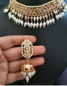Hyderabadi Jadau made of semi precious stones