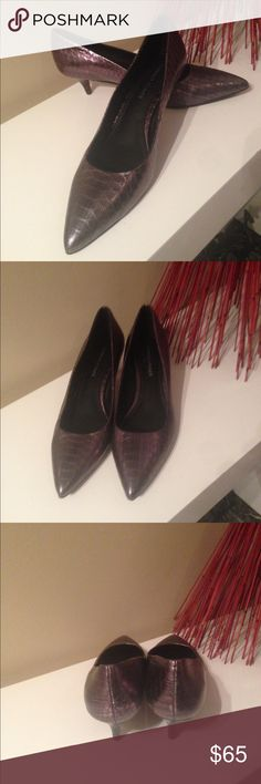 Donald J. Pliner Frac-R3 kitten heels Like New Donald Pliner shoe, only worn once. Take this fashionable pump from the office to a night out with ease. Cushioned footbed insures comfort. Donald J. Pliner Shoes Heels