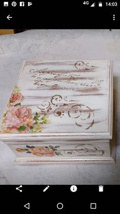 Arte Country, Decoupage Box, Art Impressions, Vintage Wood, Crates, Art For Kids, Stencils, Diy And Crafts, Projects To Try
