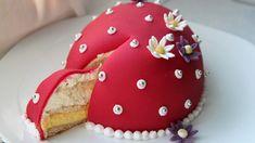 «Påskeeggkake» med appelsinkrem og Daim Easter Recipes, Let Them Eat Cake, I Love Food, Gingerbread Cookies, Amazing Cakes, Nom Nom, Cake Recipes, Food And Drink, Candy