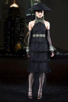 Chanel Pre-Fall 2010 Fashion Show - Du Juan