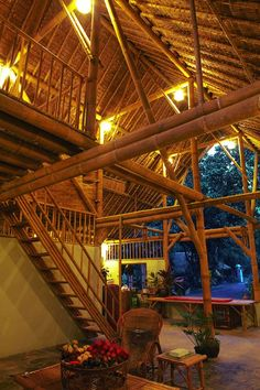 Bamboo house,Thailand. Via- Bamboo Arts and Crafts Gallery.