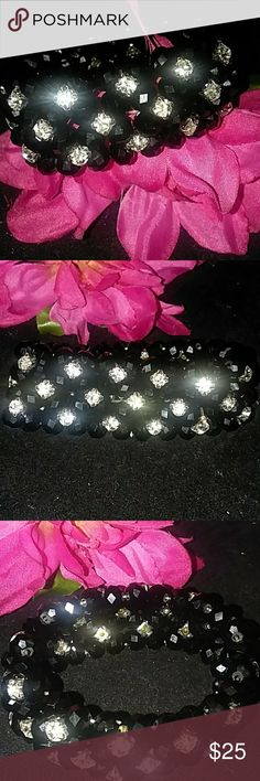 💞BEAITIFUL Rhinestone and black gem BRACELET💞 THIS BEAUTIFUL RHINESTONE AND BLACK GEM STONE STRETCH BRACELET...  LOOKS VERY EXPENSIVE AND ELEGENT GREAT FOR A NIGHT OUT IN THE TOWN OR A SPECAIL OCCASSION....  COME IN BOX OR BAG FOR STORAGE....  BUNDLE 3 OR MORE FOR BIGGER DISCOUNT Banana Republic Jewelry Bracelets