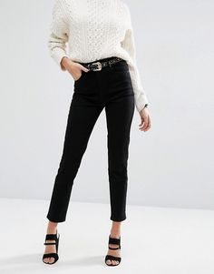 The Revival of Mom Jeans - Well Rounded NY