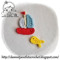 Ravelry: Summer Appliques (fish & sailboat) pattern by Janet Carrillo Crochet Butterfly Pattern, Crochet Bookmark Pattern, Crochet Motif, Crochet Flowers, Crochet Baby, Free Crochet, Crochet Summer, Crochet Appliques, Baby Patterns