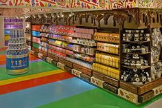 Dylan's Candy Bar is home to the largest selection of candies and candy-related gifts from around the world. Visit us in-store or buy candy online today! Dylan's Candy, Eye Candy, Dylans Candy Bar Nyc, Buy Candy Online, Candy Brands, Candy Stores, Chocolate World, Chocolate Bars, Food Spot