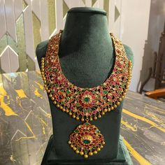 Gold Chain Design, Gold Jewellery Design, Antique Jewellery, Gold Earrings Designs, Necklace Designs, Bridal Necklace, Bridal Jewelry, Gold Necklace, Diamond Choker