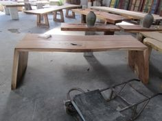 Das Moderne Suar Pult. Individuell auf Kundenwunsch herstellbar Teak, Modern, Table, Furniture, Home Decor, Bali Furniture, Timber Wood, Trendy Tree, Decoration Home