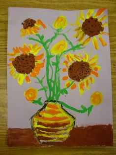 Dolvin first graders used Van Gogh's paintings to learn the difference between portraits, landscapes, and still lifes. Our symmetrical vase. Portfolio Kindergarten, Kindergarten Art, Preschool, First Grade Art, 2nd Grade Art, Arte Van Gogh, Van Gogh Art, Classroom Art Projects, Art Classroom