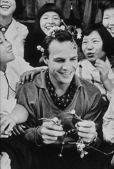 Marlon Brando in Japan during filming of The Teahouse of the August Moon