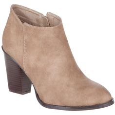 Billini Esther (350 GTQ) ❤ liked on Polyvore featuring shoes, boots, ankle booties, ankle boots, booties, sapatos, taupe ankle booties, nubuck leather boots, bootie boots and taupe boots