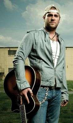 LEE BRICE - September 12, 2013 Live @ Tennessee Valley Fair http://www.tnvalleyfair.org