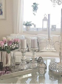 Home decor silver New Living Room, Living Room Decor, Bedroom Decor, Interior Design Living Room, Living Room Designs, Cool Lighting, Modern Lighting, Decorating Coffee Tables, Deco Design