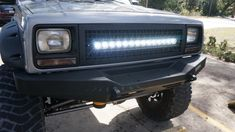 Devon's 07 Jeep Cherokee using a Nox Lux 30 inch single row hyper spot LED Light bar in his custom grille. Modificaciones Jeep Xj, Jeep Sport, Jeep Xj Mods, Jeep Truck, Jeep Wrangler, Jeep Grand Cherokee Zj, Cherokee Sport, Jeep Light Bar, Jeep Camping