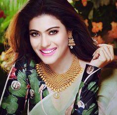 Kajol for Joyalukkas Indian Bollywood, Bollywood Actress, Bollywood Stars, Kajol Saree, Bridal Anarkali Suits, Gold Jewellery Design, Gold Jewelry, Gold Necklace, Glamour World