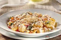 Receita de Nhoque ao molho de nata com salmão e linhaça em receitas de massas, veja essa e outras receitas aqui!