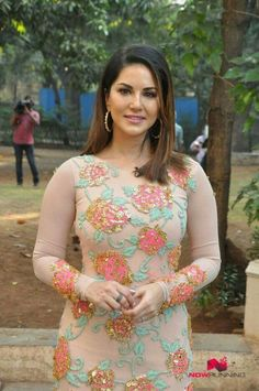 Beautiful Sunny Leone <3 Sunny Leone Photographs UNIFORM SAREE PHOTO GALLERY  | SATISHSILKMILLS.COM  #EDUCRATSWEB 2020-06-12 satishsilkmills.com https://www.satishsilkmills.com/imgsmall/medium2/Purple-Paisley-Printed-Crepe-Silk-Uniform-Saree-UV4-4011.JPG
