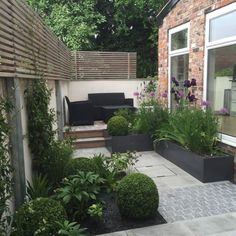 Ideas for A Small Garden . Ideas for A Small Garden . 20 Chic Small Courtyard Garden Design Ideas for You Garden Spaces, Courtyard Gardens Design, Minimalist Garden, Small Backyard, Small Garden Design, Patio Design, Small Space Gardening, Small Courtyards, Modern Garden Design