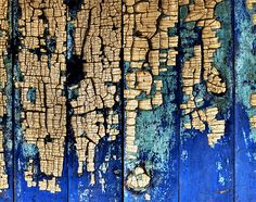 roch cloutier | peeling paint photograph