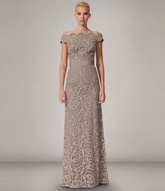 4c41c0c6429 David Meister Long-Sleeve Lace Gown