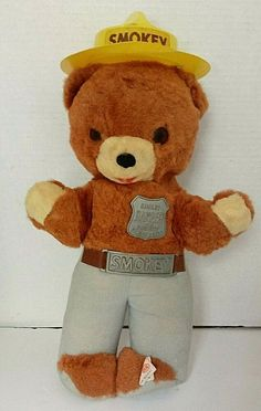 SMOKEY THE BEAR PREVENT FOREST FIRES PLUSH STUFFED ANIMAL W// ACCESORIES! BNWT
