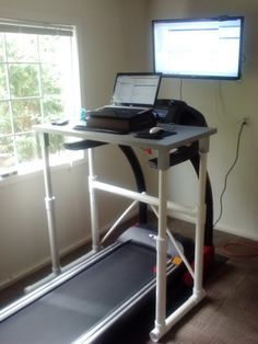 DIY PVC-IKEA Treadmill Desk check out the latest version Built this treadmill desk for about a hundred bucks. Gets me up and walk. Pvc Pipe Crafts, Pvc Pipe Projects, Easy Diy Projects, Ikea Standing Desk, Treadmill Desk, Ikea Design, Desk In Living Room, Stand Up Desk, Bedroom Storage