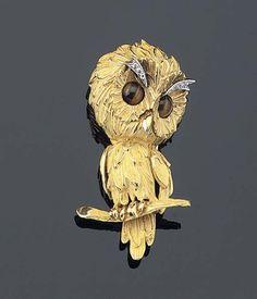 A GEM-SET OWL BROOCH - Christie's