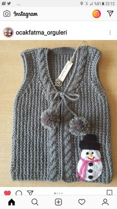 Source by nuranbabaanne Baby Knitting Patterns, Knitting Designs, Crochet Patterns, Crochet Stitches, Knit Crochet, Crochet Baby Sweaters, Knit Baby Booties, Moda Emo, Kids And Parenting
