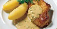 Sennepskoteletter er en opskrift der har det hele! Lækre svinekoteletter, fyldig sauce med dijonsennep og dejlige dampede grøntsager. Et godt måltid.