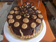 torta de chocolate.