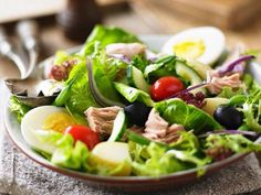 Salad niçoise with tuna, egg and olives – License high-quality food images for your projects – Rights managed and royalty free – 11172506 Nicoise Salad, Cobb Salad, Winter Food, Bude, Health, Recipes, Portuguese, Fish, Easy Recipes